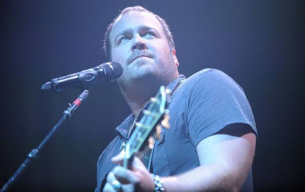 Lee Brice without trademark hat