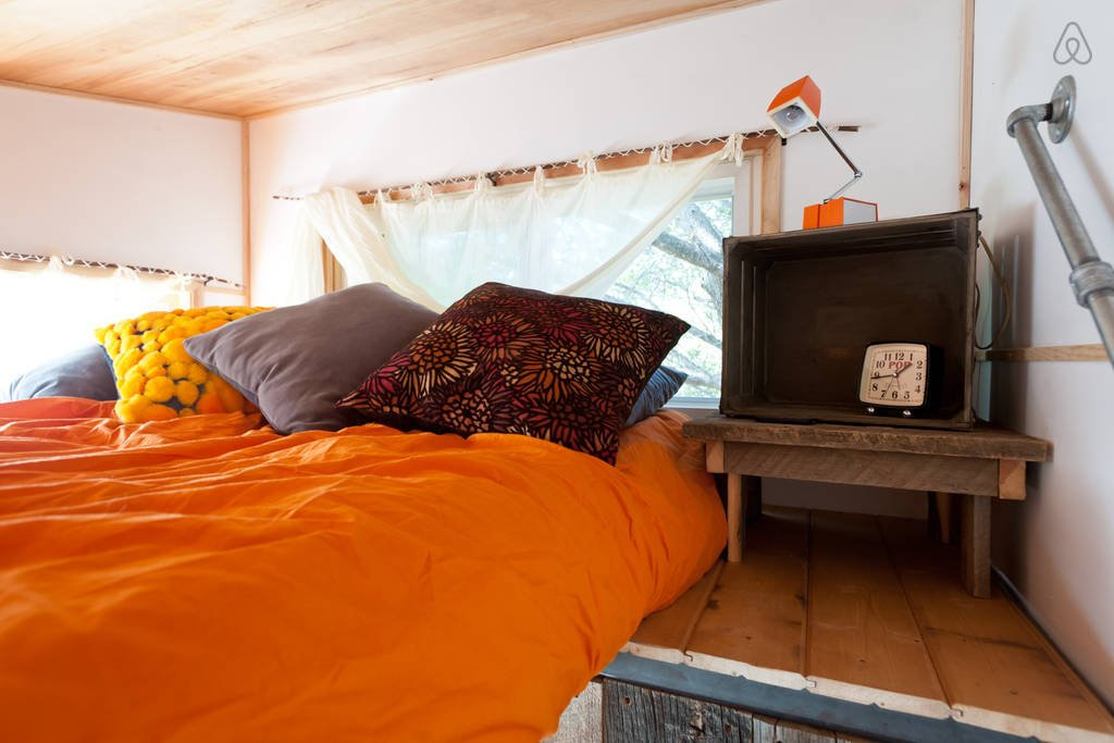 Hip East Side Tiny House Bed