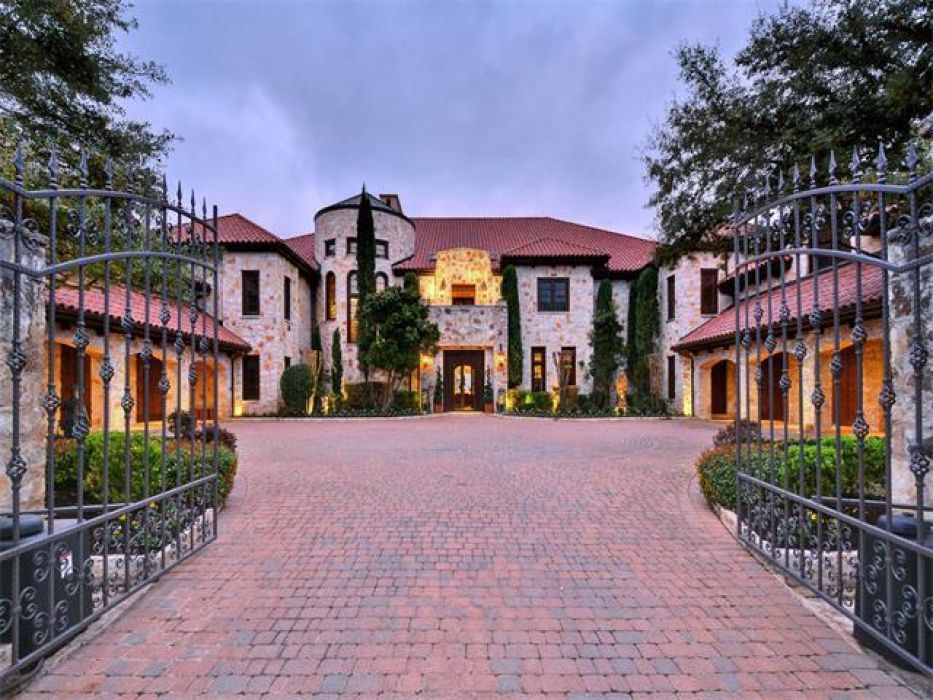 10 Of The Biggest Mansions In Texas