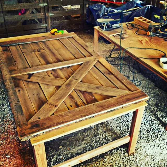 11 Ways To Recycle Barn Doors In Your Home