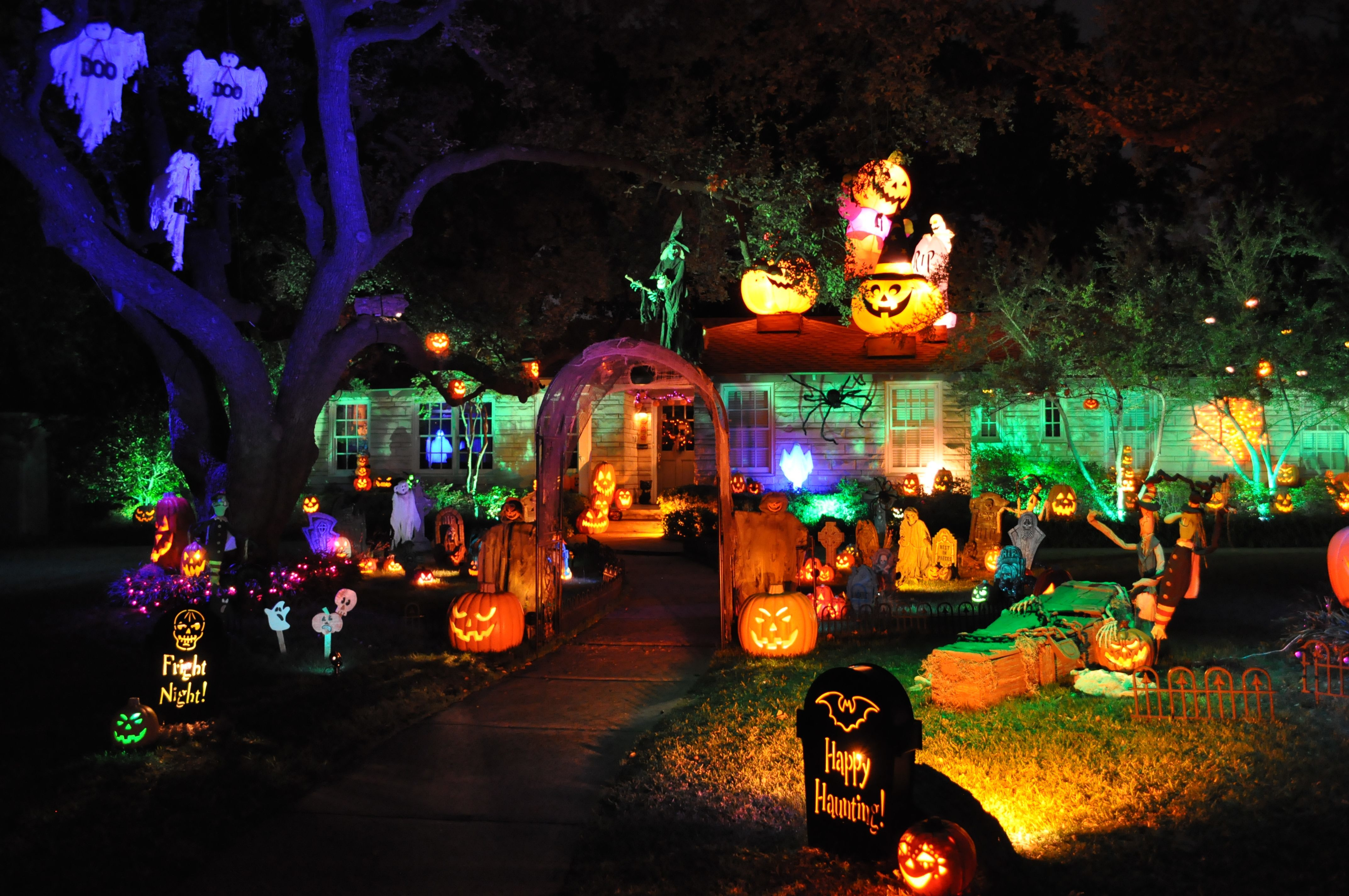 image via penn state - Houses Decorated For Halloween