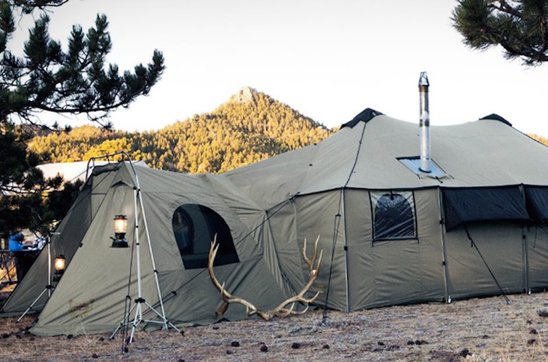 Cabela S Tent Mansion Is Bigger Than Most City Apartments
