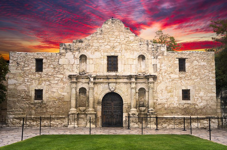 Battle of the Alamo Facts: 10 Things Every Texan Should Know