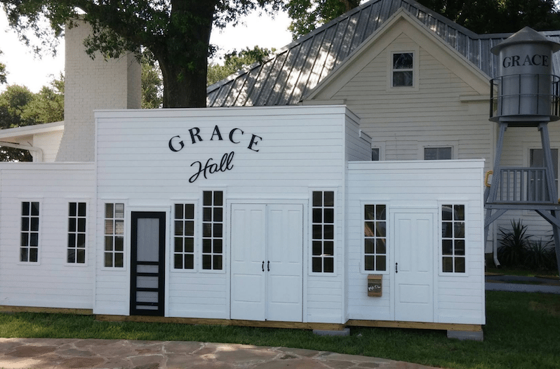 Gruene Hall Play House Replica