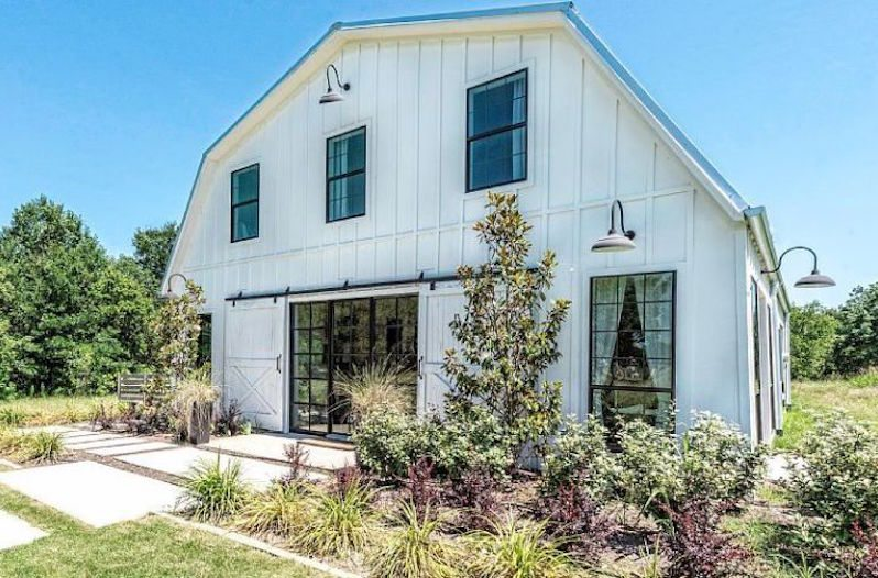 Barndominium from fixer upper fame just hit the market for Fixer upper homes for sale by owner