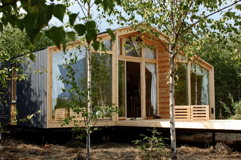 Prefab cabins beautiful homes that cost less than 30 000 for Wide open country cabins