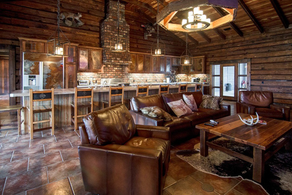 Jason Aldean S Tennessee Hunting Ranch Is Up For Grabs