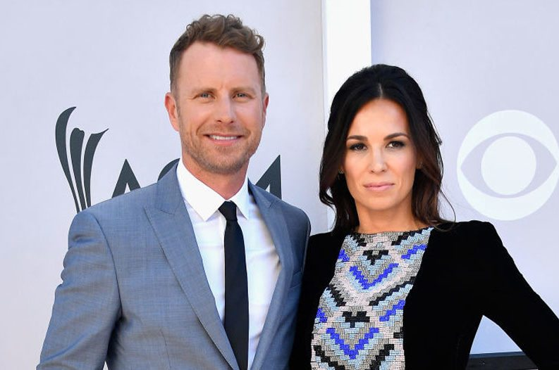 Dierks Bentley Cheers On Wife Running The Boston Marathon
