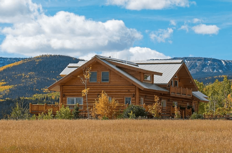 Live In Luxury In This Log Cabin In Colorado Wide Open
