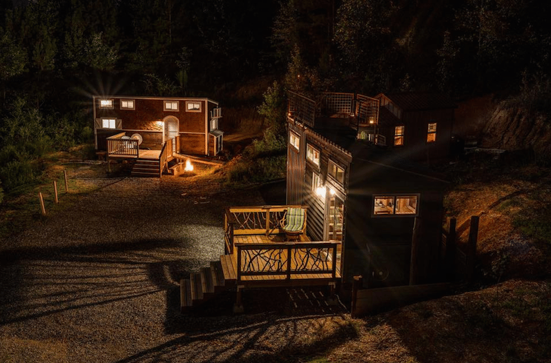 Tremendous Tiny House Hotel Is A Picturesque Getaway In The Smoky Mountains Download Free Architecture Designs Estepponolmadebymaigaardcom