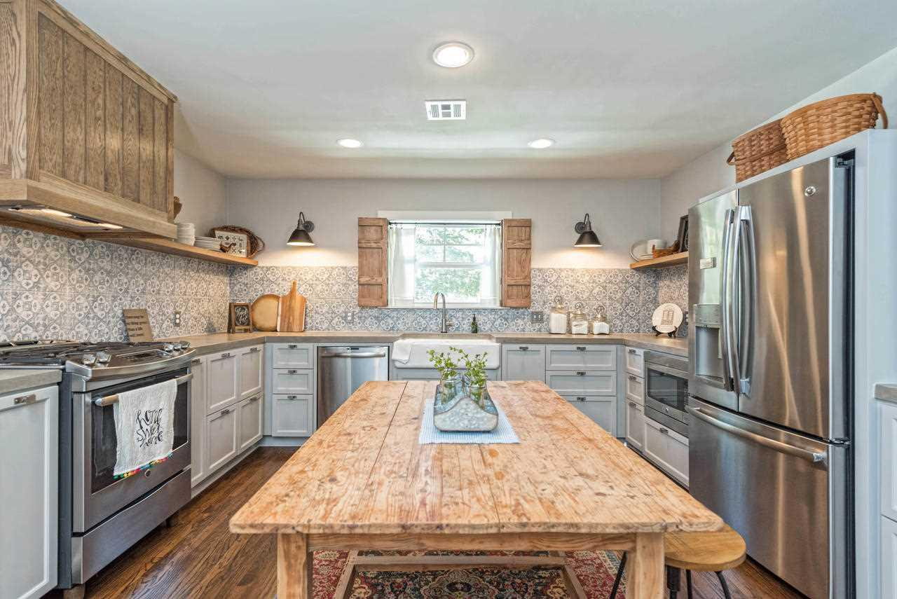 The Baker House From Fixer Upper Just Hit The Market