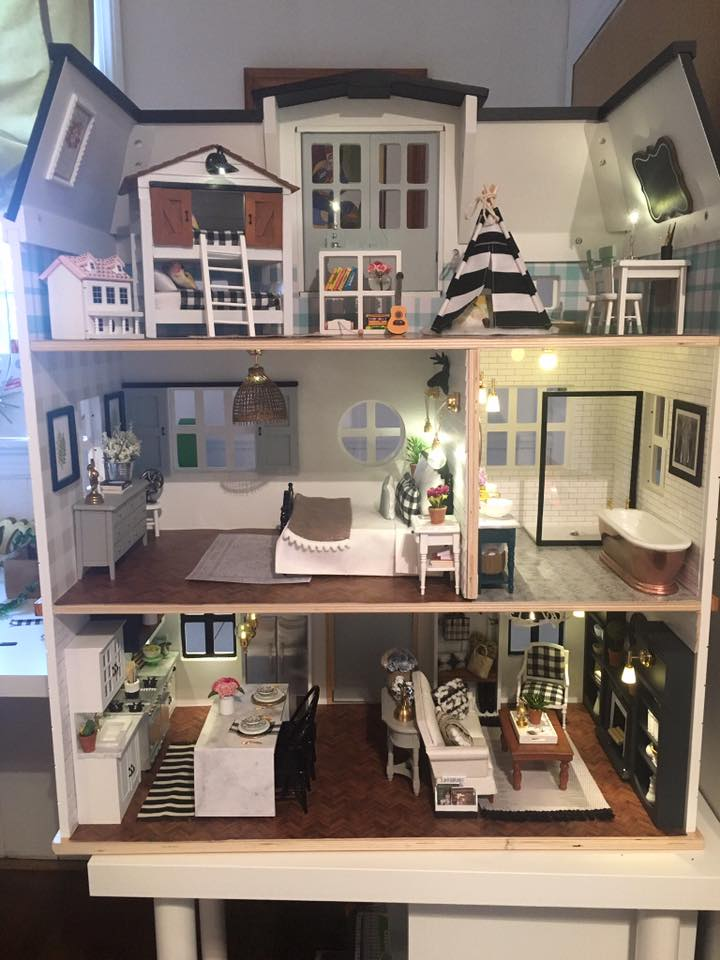 Fixer Upper Fan Renovates Dollhouses Inspired By The
