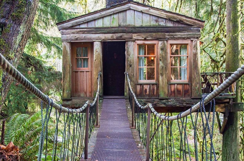 8 Breathtaking Treehouse Hotels In The United States