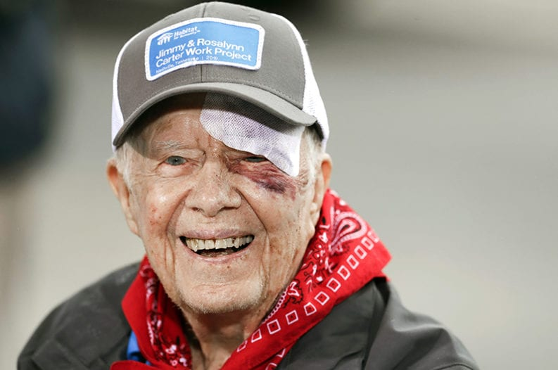 95-Year-Old Former President Jimmy Carter Helps Build ...
